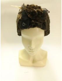 Женская шляпка из каракуля