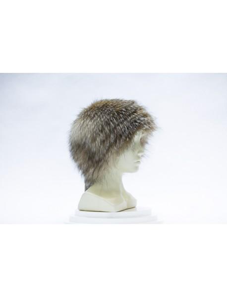 Женская шапка из блюфроста