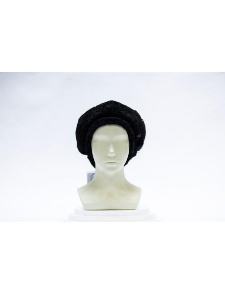 Женская шапка из овчины