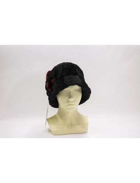 Женская шляпа с полями