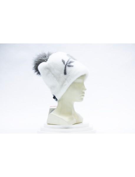 Женская шапка из норки с цветком