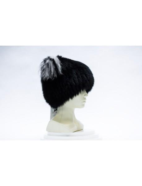 Женская шапка из пушнины