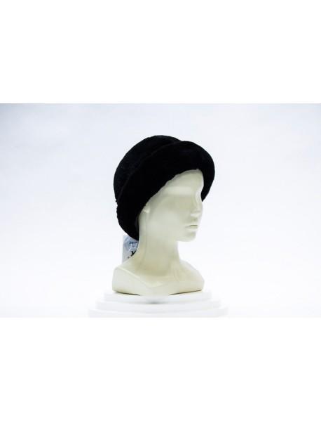 Женская шапка из кролика